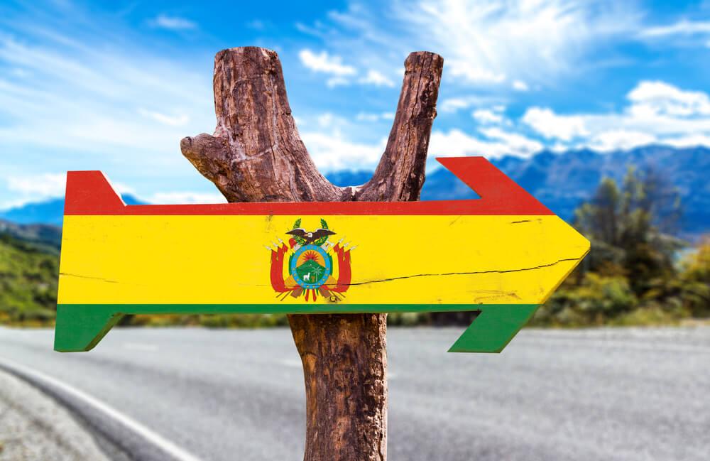 https://www.latinoamericaviajes.com/wp-content/uploads/2019/12/viajar-a-bolivia-con-poco-presupuesto.jpg
